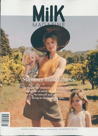 Milk Magazine (English Edition)